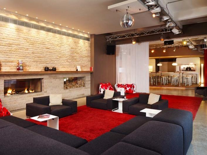 25hours hotel hamburg number one. Black Bedroom Furniture Sets. Home Design Ideas