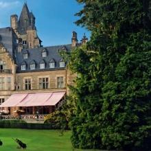 """Schlosshotel Kronberg=HYPERLINK(""""http://www.schlosshotel-kronberg.de/de/wegbeschreibung-taunus-anfahrt"""",""""http://www.schlosshotel-kronberg.de"""")"""