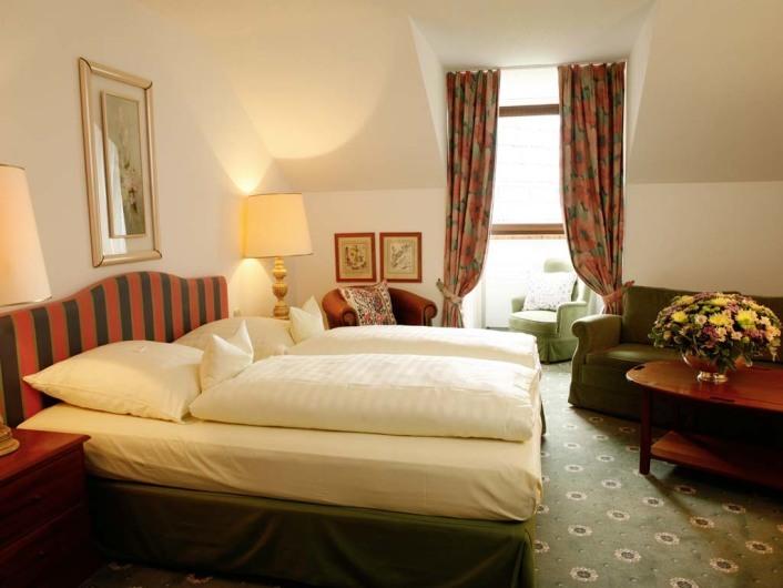 Hotel Admiral Muenchen, Kohlstrasse 9, D-80469 Munich, Tel. +49-89-216350