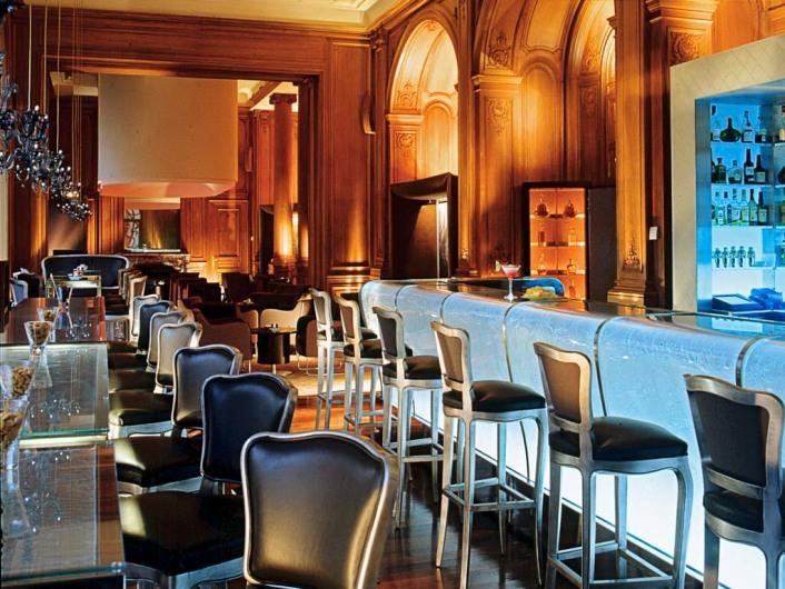 Bar du Plaza (PAR)www.plaza-athenee-paris.com