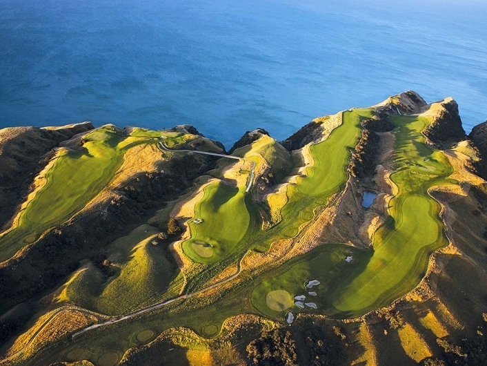 HAWKES BAY,- JANUARY 11: The 13th, 14th, 15th, 16th,and 17th holes at Cape Kidnappers, on January 11, 2005, in Hawkes Bay,  New Zealand.  (Photo by David Cannon/Getty Images)