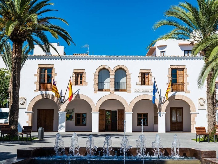 Casa Consistorial de Santa Eulària des Riu