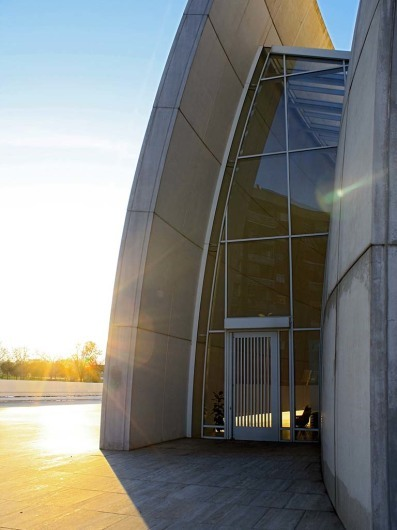 Chiesa di Dio Padre Misericordioso von Richard Meier - ROMhttp://figure-ground.com/jubilee_church/