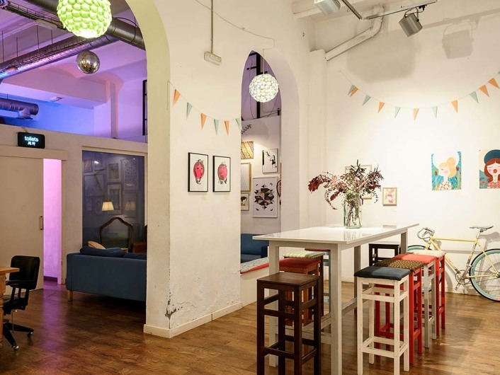 Cosmo Café & Galería de Arte, Barcelona, Spain