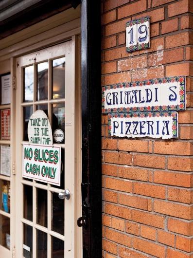 Dumbo - Grimaldi's Pizzeria (NYC)