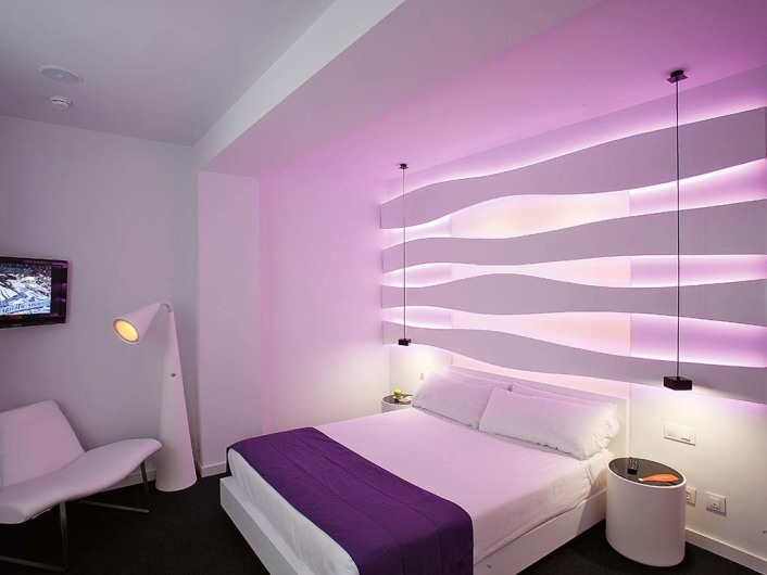 Emmahttp://www.room-matehotels.com/eng/barcelonahotel/emmahotel/emmahotel.php