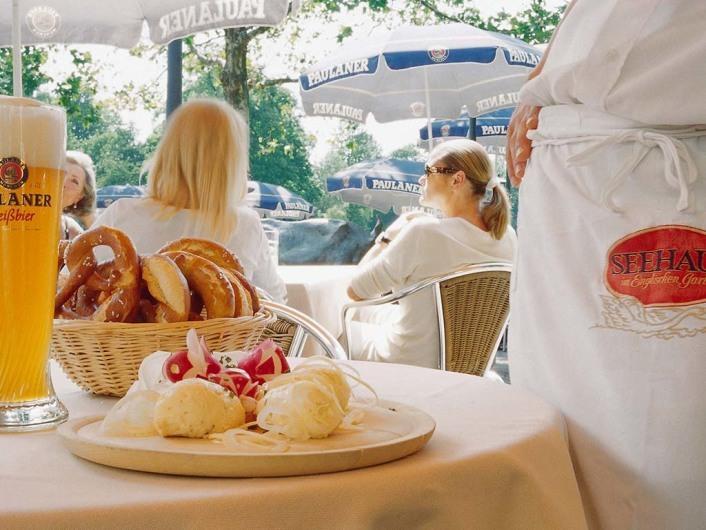 Seehaus im englischen Gartenhttp://www.kuffler-gastronomie.de/de/muenchen/seehaus/index.php