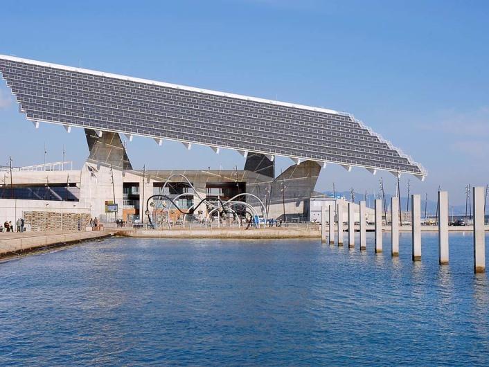 Forum Esplanade and Photovoltaic Powerplant/Forum  (BCN)http://www.an-architecture.com/2010/04/greenwashing-forum-esplanade-barcelona.html