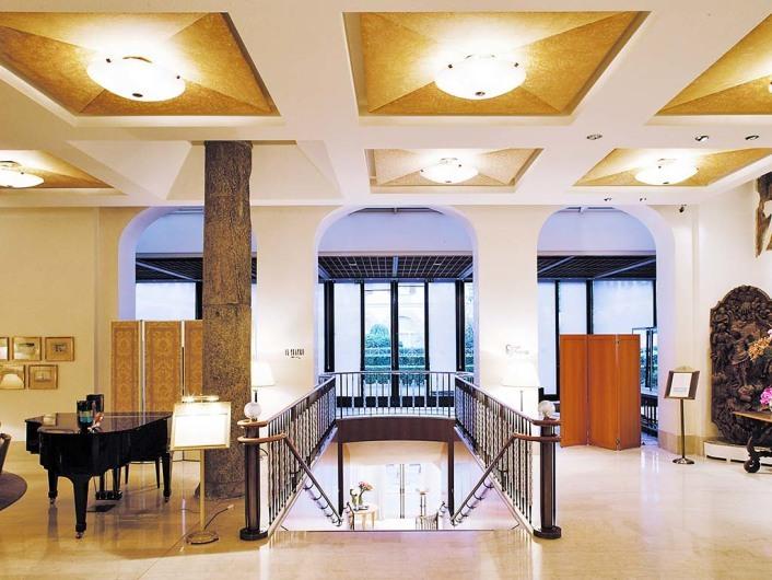 Four Seasons Hotel Milanhttp://www.fourseasons.com/milan/