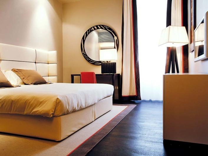 The Gray www.hotelthegray.com