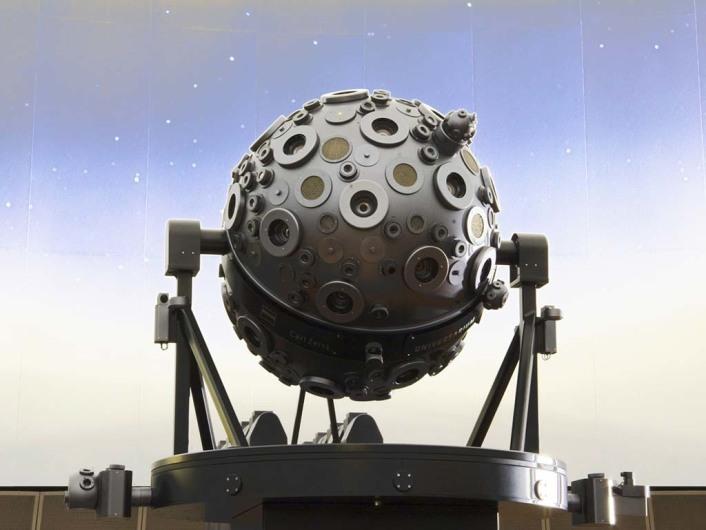 The new Zeiss Mark IX Universarium Planetarium Projector in the new Samuel Oschin Planetarium theater, March 2006