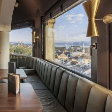 Jules Verne Panorama Bar