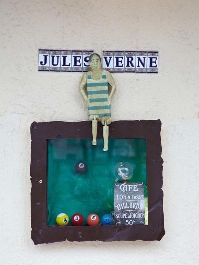 Jules Verne (Berlin)http://www.jules-verne-berlin.de/julesverne.html