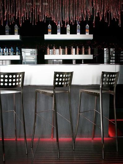 Kube Hotel (par)www.kubehotel.net