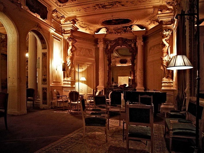 Le Carmen, Paris France