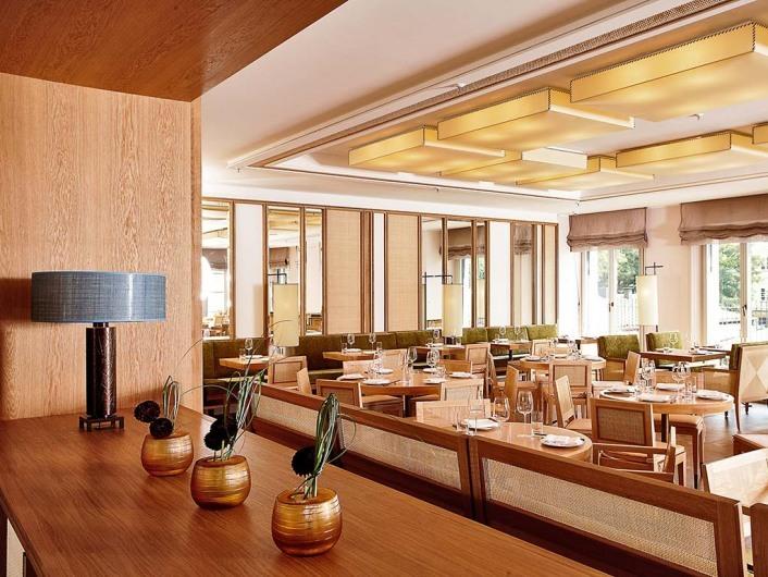 www.louis-hotel.com