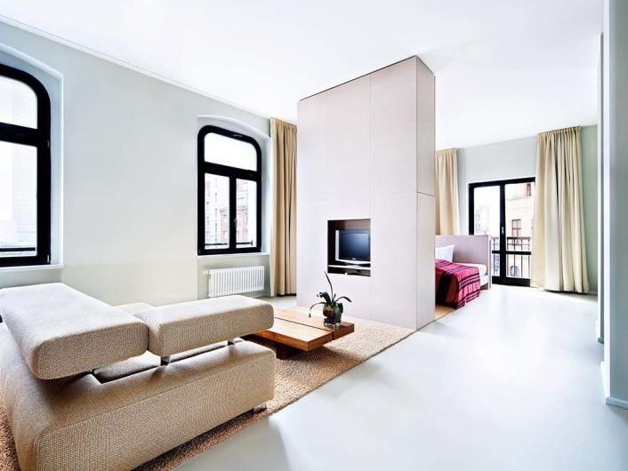 lux 11. Black Bedroom Furniture Sets. Home Design Ideas