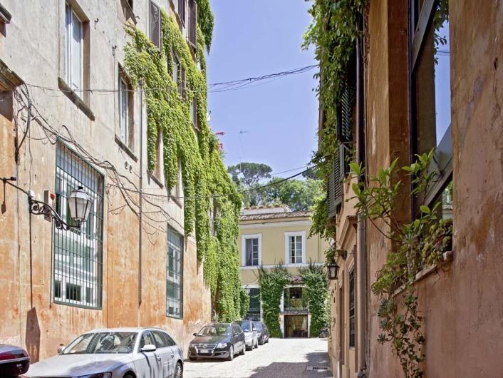 Margutta 54; Rome; Italy