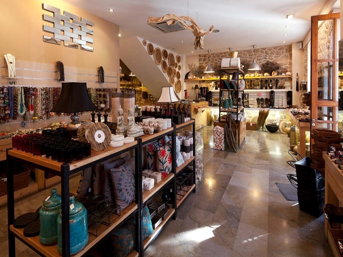 Naturalmente, shop, Valldemossa, Mallorca, Spain