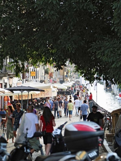 Vibrant life around Milans canals