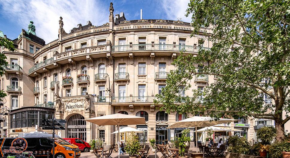 Palast Hotel Restaurant & Bar