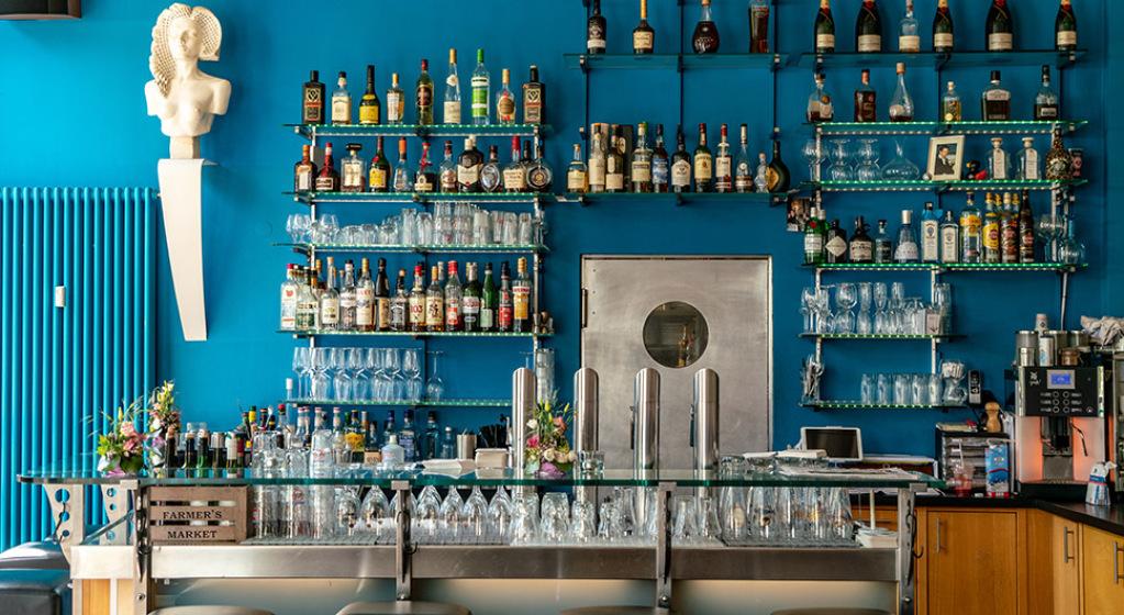 Palast Bar Wiesbaden