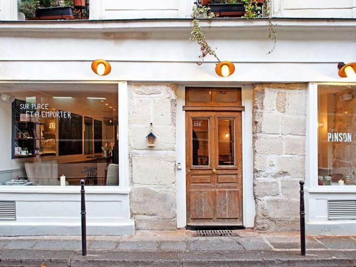Pinson, Paris, France