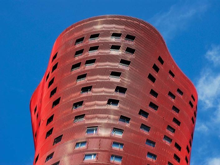Torres Porta Firawww.toyo-ito.co.jp; www.jeannouvel.com