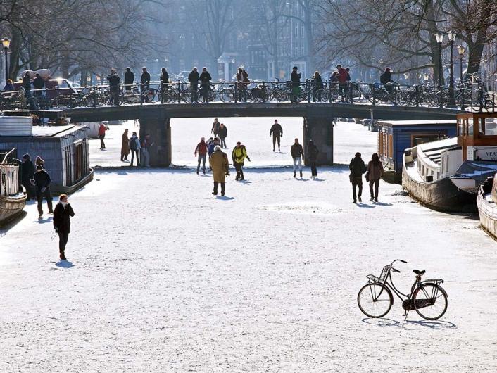 Eislaufen auf der Prinsengracht