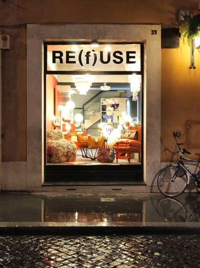 Re(f)use - Rom