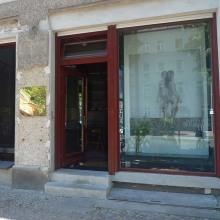 Sabrina Dehoff Flagship Store