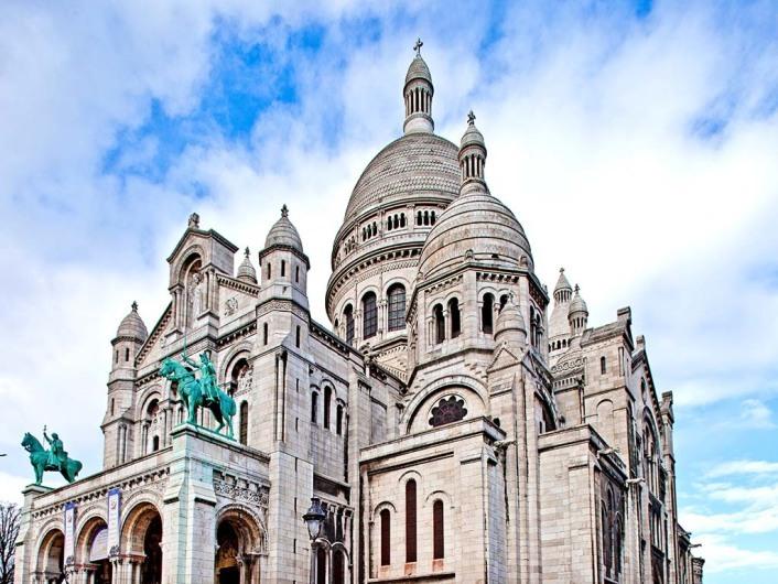 Sacre Coeur, Montmartre. Paris, France