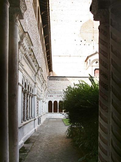 San Giovanni in Laterano (rom)http://romeartlover.tripod.com/Vasi46.html