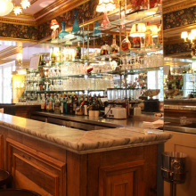 Salon, Bar, Café