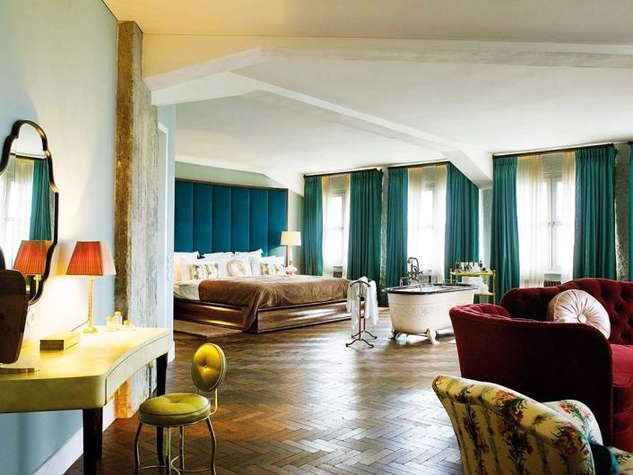 Soho House (Berlin)http://www.sohohouseberlin.com