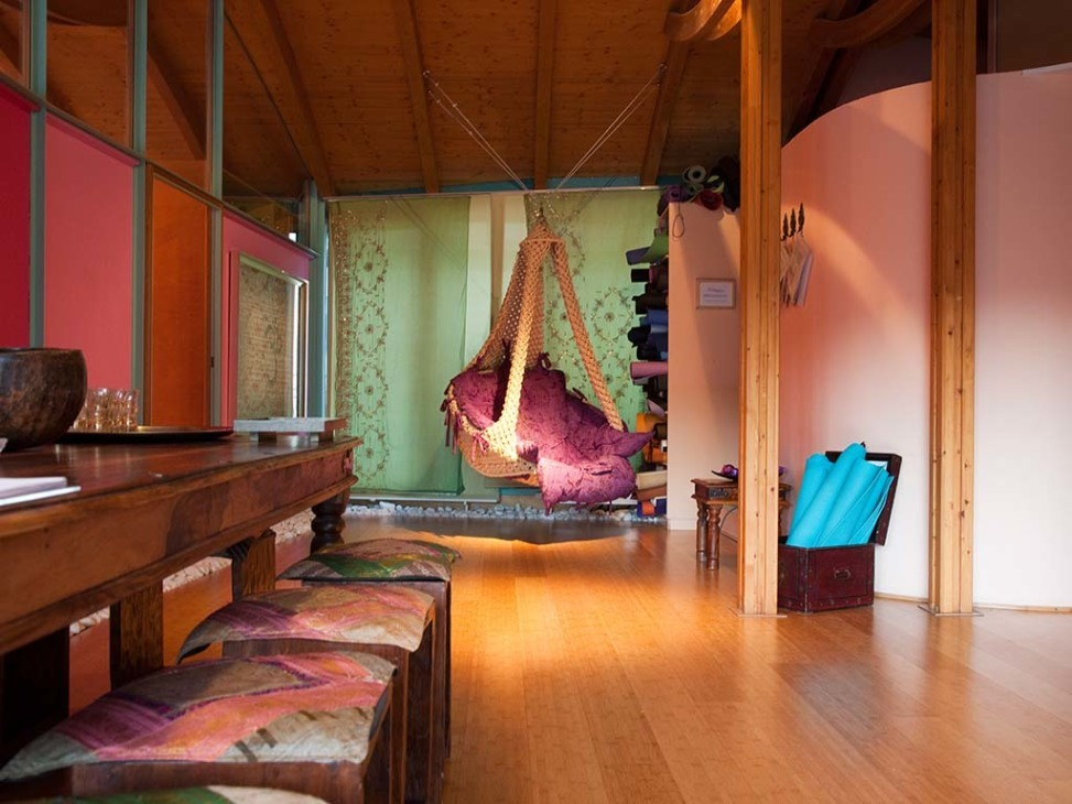 spirit yoga. Black Bedroom Furniture Sets. Home Design Ideas