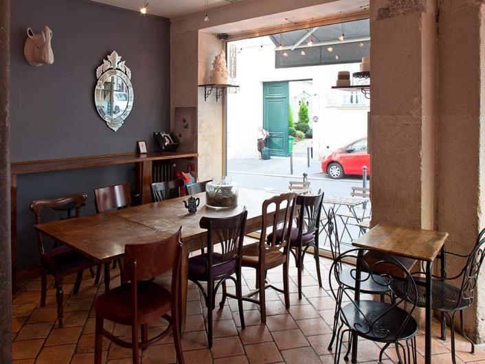 Sugarplum bakey and café spezialized in wedding cakes, Cool Paris, France