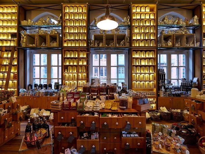 Wasserschloss Speicherstadt, Restaurant, Café, Hamburg, Germany