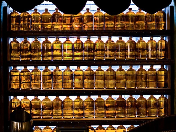 Der Likör-Apotheker: Chris Tierney hat das perfekte Rezept für jedes Leiden