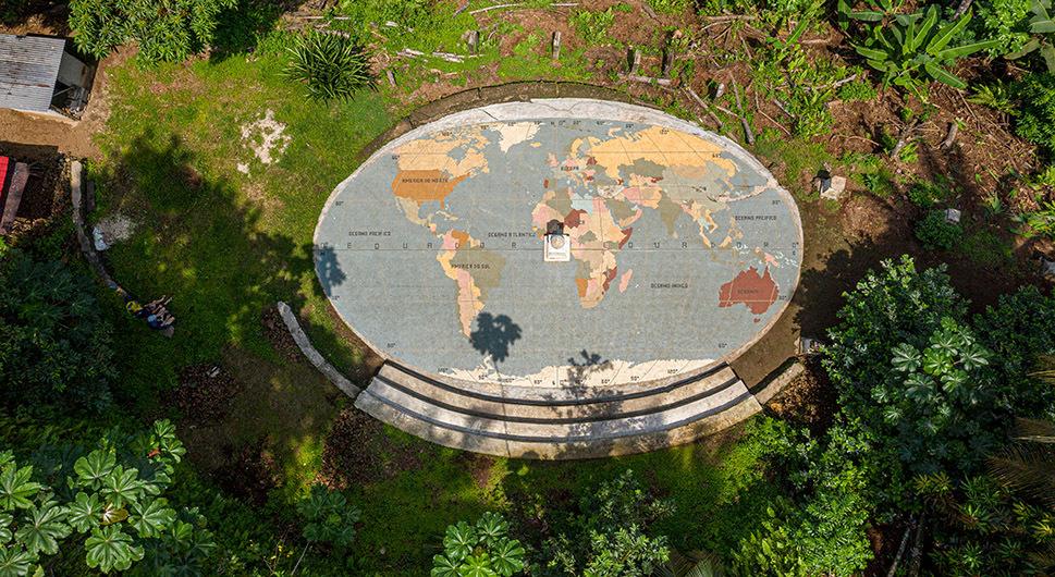 Balance between the hemispheres - Ilhéu das Rolas