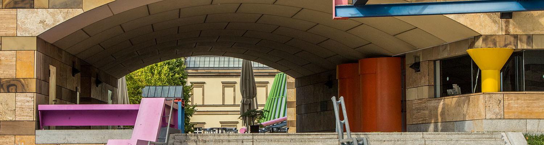 Stuttgart Mitte — Art Museum Staatsgalerie