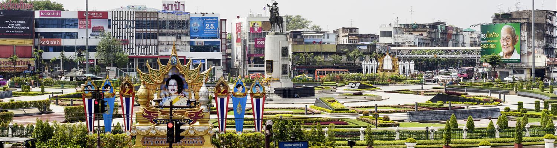 König Taksin-Denkmal in Thonburi