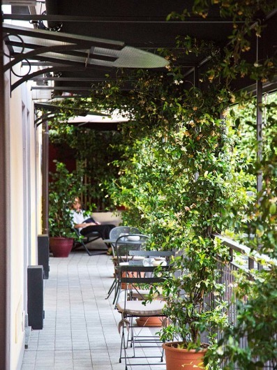 More a private club than a hotel, quiet place around the corner of vibrant Navigli neighborhood